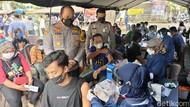 Setelah Divaksin, Tunawisma di Kota Kediri Dapat Sembako