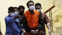 Drama Isoman Azis Syamsuddin Berujung Penjemputan