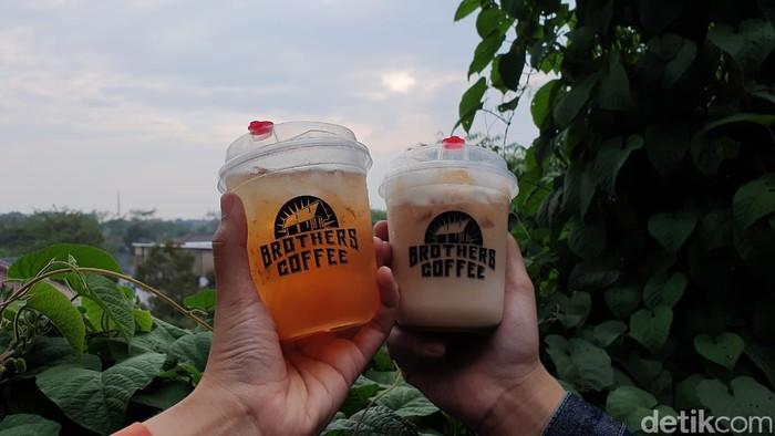 Brothers Coffee : Serasa di Dago! Ngopi di Brothers Coffee Serpong Bisa Lihat Pemandangan dari Ketinggian