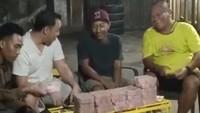 Viral Cerita Merpati di Pekalongan Laku Rp 1,5 M Dibayar Duit Bergepok-gepok