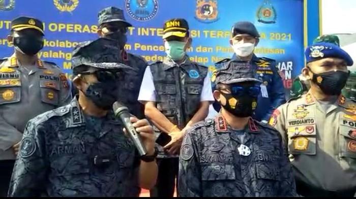 Deputi Bidang Pemberantasan BNN, Irjen Arman Depari (pegang mic) di Medan (dok. Istimewa)