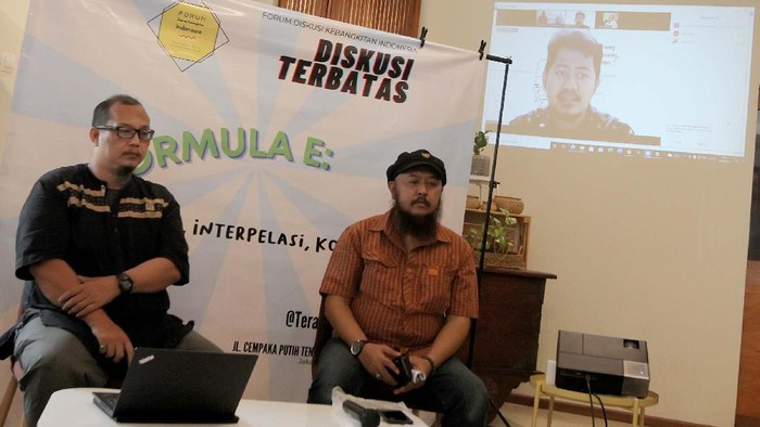 Ramainya pemberitaan tentang Formula E yang direncanakan digelar di Jakarta menjadi semakin ramai diperbincangkan. Sebenernya untuk siapa?