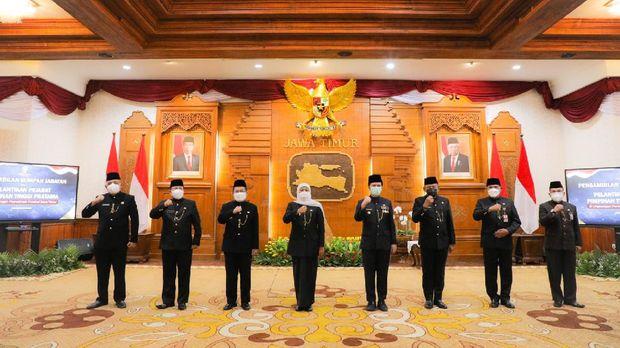 Gubernur Khofifah melantik pejabat eselon II