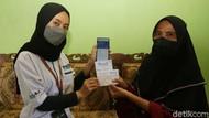 Holding UMi Bikin Emak-emak di Desa Bisa Nabung Tanpa ke Bank
