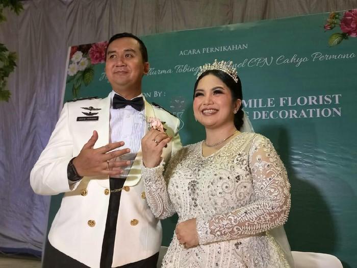 Joy Tobing dan Kolonel (TNI) Cahyo Permono