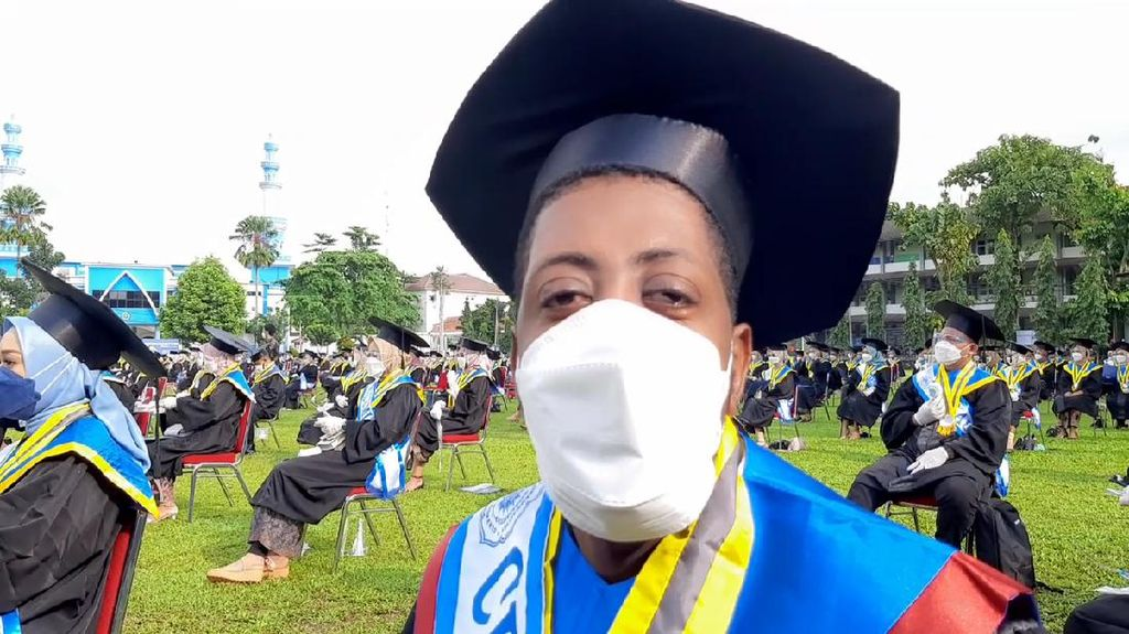 Resmi Wisuda, Mahasiswa Asing Ini Kisahkan Pengalaman Tempuh Pendidikan di RI