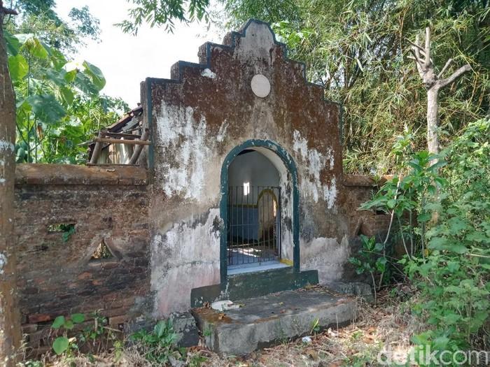 Makam Mbah Kutut di desa Glagahwangi, Polanharjo yang misterius, Klaten, Sabtu (25/9/2021).