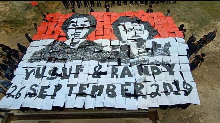 Mozaik wajah Randi-Yusuf dalam aksi damai mahasiswa di Kendari