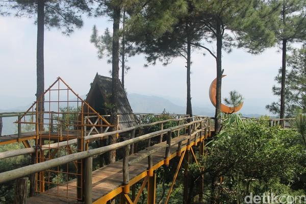 Tempat wisataPabangbonsedang heboh di sosial media, seperti TikTok dan Instagram. Saat dikunjungi, tempatnya memang mengasyikkan (Foto: Luthfi Hafidz/detikcom)