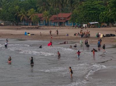 Akhir Pekan, Deretan Objek Wisata Ini Ramai Wisatawan