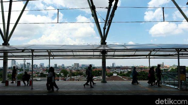 Pembangunan jalur layang Bogor Line di Stasiun Manggarai sudah selesai. Fasilitas ini pun sudah bisa digunakan oleh penumpang KRL.