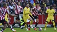 Liverpool yang Buang-buang Peluang Beri Brentford Harapan