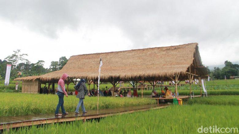 Desa Mulyaharja, Bogor