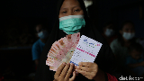 Dorong Perekonomian Emak-emak di Lampung Tengah Lewat Holding UMi