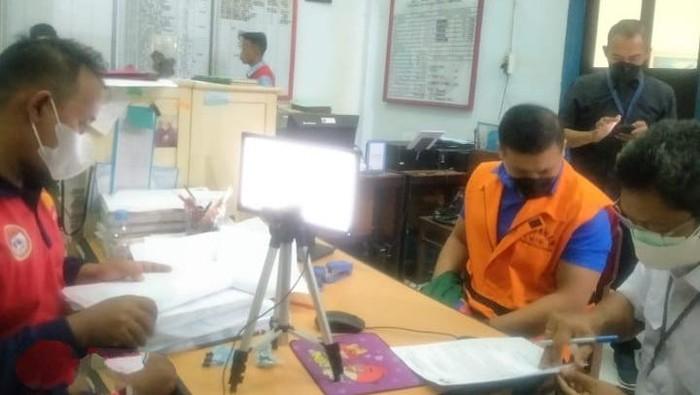 Eks staf khusus Menteri Kelautan dan Perikanan Edhy Prabowo, Andreau Misanta Pribadi