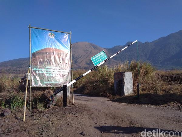 Gunung dengan tinggi 2.249 meter di atas permukaan laut dan jadi salah satu ikon Garut. (Hakim Ghani/detikcom)
