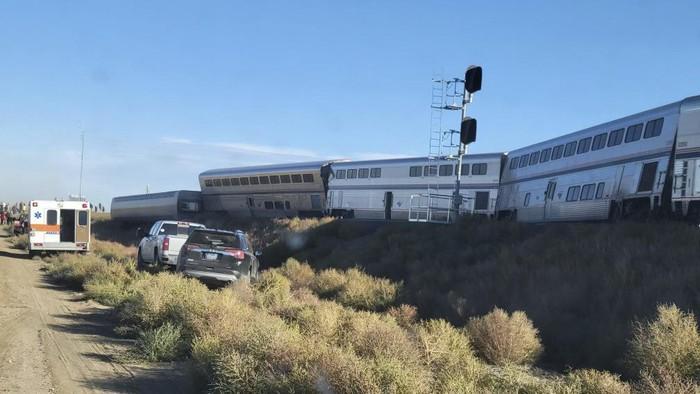Kereta Amtrak Anjok di Montana AS, 3 Orang Tewas