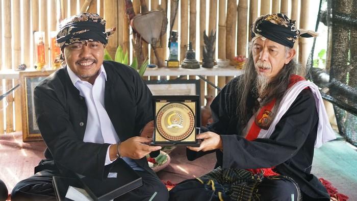 Wakil Ketua MPR Jazilul Fawaid kunjungi Kabuyutan Dayeuh Luhur.