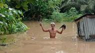 Diguyur Hujan Deras, Ratusan Rumah di Kampar Riau Terendam Banjir