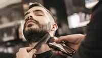 Tukang Cukur Diharamkan Taliban Cukur Jenggot Pelanggan, Langgar Hukum Islam
