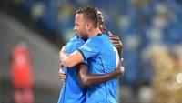 Napoli Vs Cagliari: Menang 2-0, Partenopei Rebut Capolista
