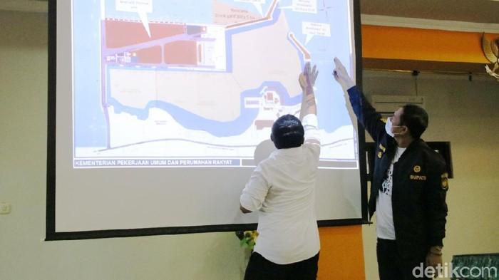 pembangunan breakwater di ppn brondong lamongan