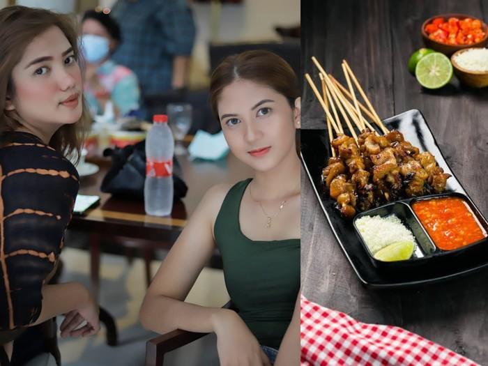 Bikin Betah! Kakak Beradik Cantik Ini Bakal Layani Kamu Makan Sate Taichan di Sini