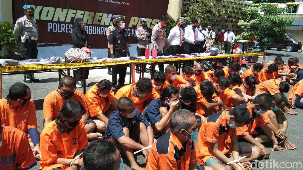 Paket Sabu yang Disembunyikan dalam Termos Terbongkar di Surabaya
