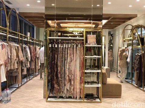 Wearing Klamby membuka gerai di Plaza Indonesia.
