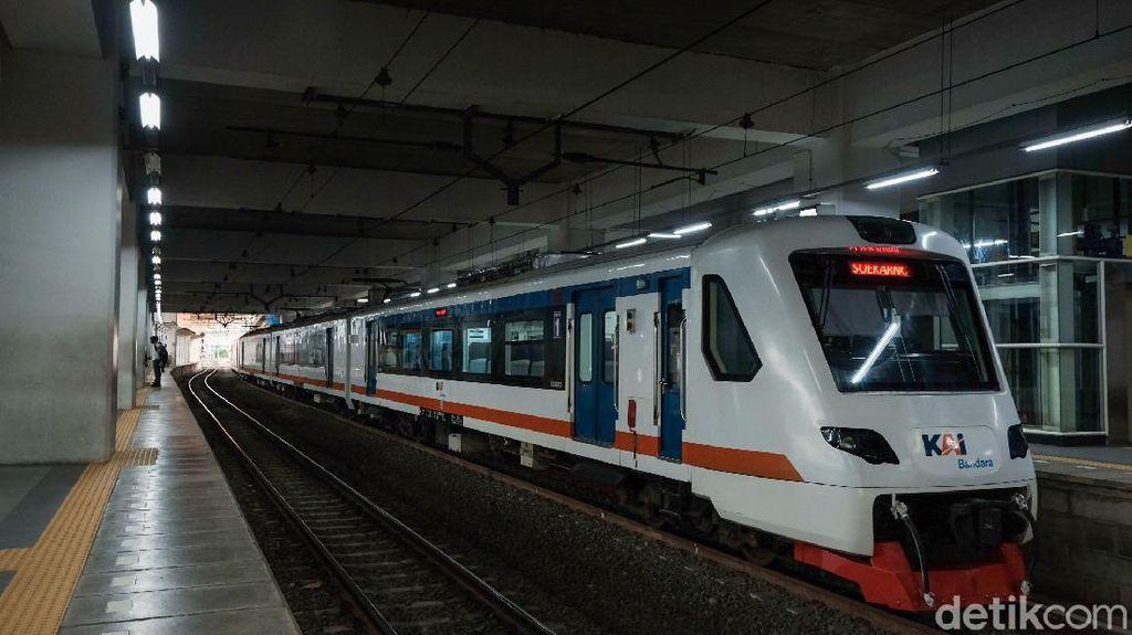 Beli Tiket Kereta Api Wajib Pakai NIK atau Paspor Mulai 26 Oktober 2021