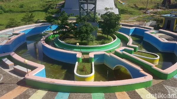 Selain itu, Malaqbi Green Park juga dibangun untuk menjadi tempat bagi masyarakat melepas penat di ruang terbuka di masa pandemi COVID-19.