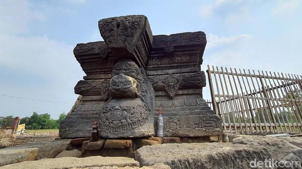 Sebelum diekskavasi, batu yoni menjadi ikon situs purbakala di Desa Klinterejo ini.