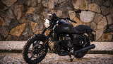 Moto Guzzi New V7 Stone, Tampil Tangguh, Klasik dengan Fitur Modern