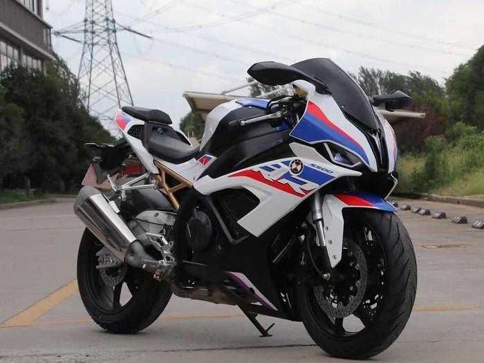 Motor sport diduga kloningan BMW S1000RR
