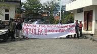 Tolak Tarif PNBP Naik, Nelayan Geruduk Kantor DPRD