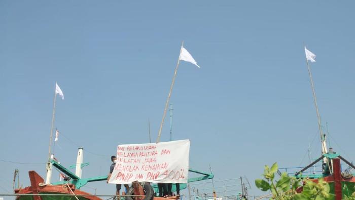 Nelayan di Pati Protes kenaikan tarif PNBP