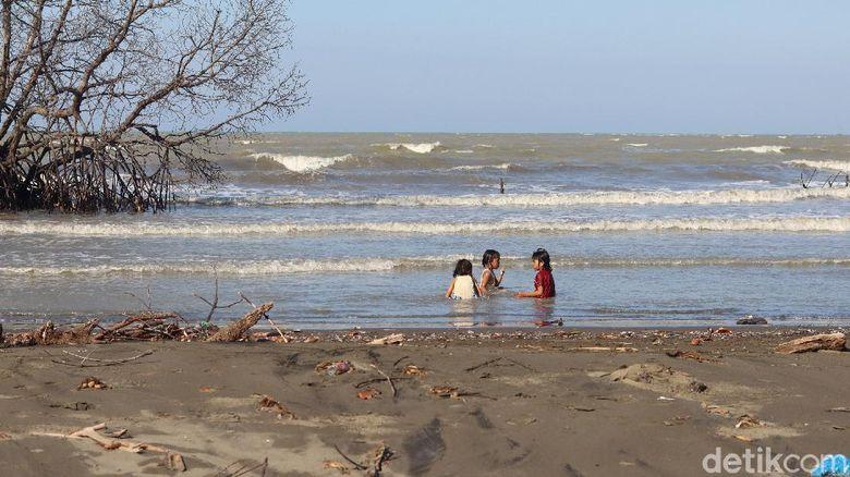 Pantai di Kabupaten Bekasi