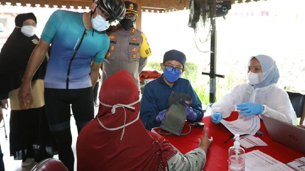 Sasar 10 Ribu Warga, Ganjar Percepat Vaksinasi di Kawasan Borobudur