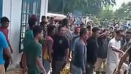 Amuk Warga Aceh Juga Bikin Nakes Lebam-Puluhan Vial Vaksin COVID Rusak