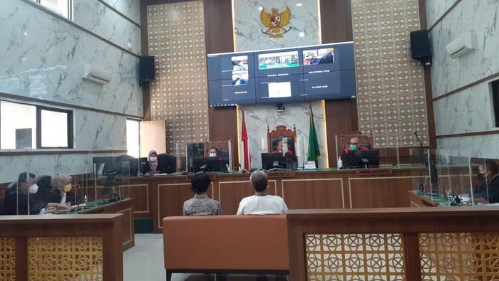 Sidang pemeriksaan saksi terdakwa Adam Ibrahim terkait kasus hoax babi ngepet