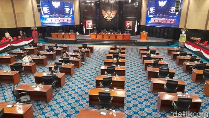 Suasana rapat paripurna hak interpelasi Formula E di DPRD DKI Jakarta hari ini. (Tiara/detikcom)