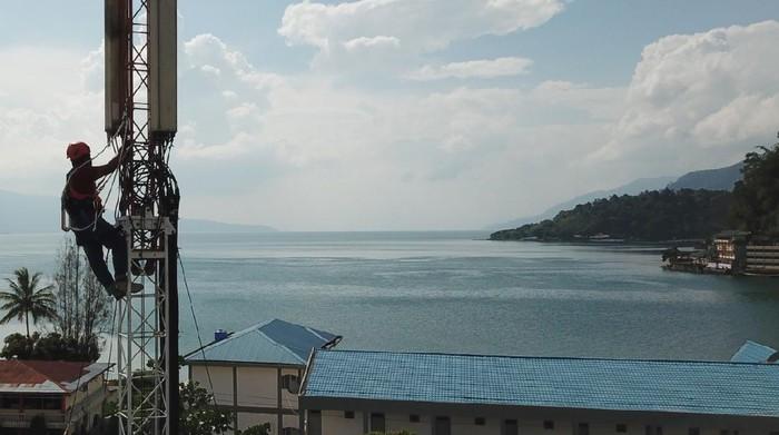 Sebanyak 70 desa di 28 kecamatan dan tujuh kabupaten yang berada di kawasan Danau Toba, Sumatera Utara, telah diselimuti 4G XL Axiata.