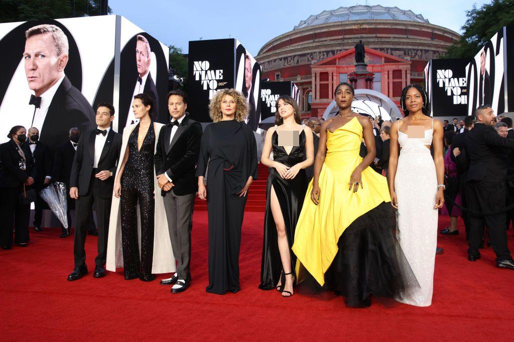 LONDON, ENGLAND - SEPTEMBER 28: Ana de Armas attends the World Premiere of