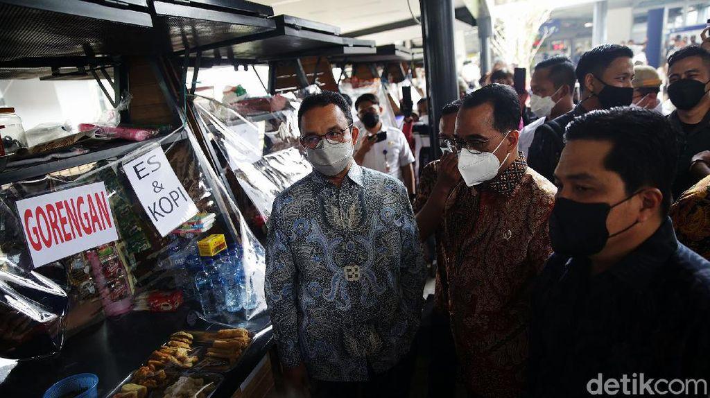 Anies dan Dua Menteri Jokowi Resmikan Penataan Stasiun Tebet
