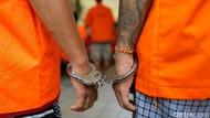Kejar Herd Immunity, Ratusan Tahanan di Polres Bekasi Divaksinasi