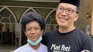 Ini Foto Anak Sultan Pemilik Masjid di Subang Viral karena Rendah Hati