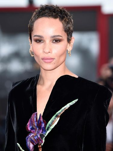VENICE, ITALY - SEPTEMBER 08:  Zoe Kravitz walks the red carpet ahead of the 'Racer And The Jailbird (Le Fidele)' screening during the 74th Venice Film Festival at Sala Grande on September 8, 2017 in Venice, Italy.  (Photo by Pascal Le Segretain/Getty Images)