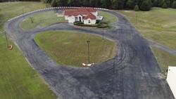 Rumah Ini Punya Fasilitas Tak Biasa: Sirkuit Balap dan Trek Motocross!