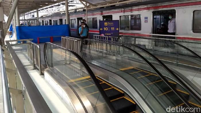 Pengembangan dilakukan di Stasiun Manggarai, Jakarta. Begini bentuk wajah baru Stasiun Manggarai.