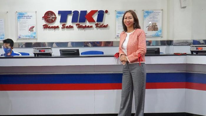 Direktur Utama PT Citra Van Titipan Kilat (TIKI) Yulina Hastut